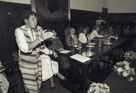 Tribunal Winnie Mandela (Local desconhecido, mai./nov. 1988). Crédito: Vera Jursys